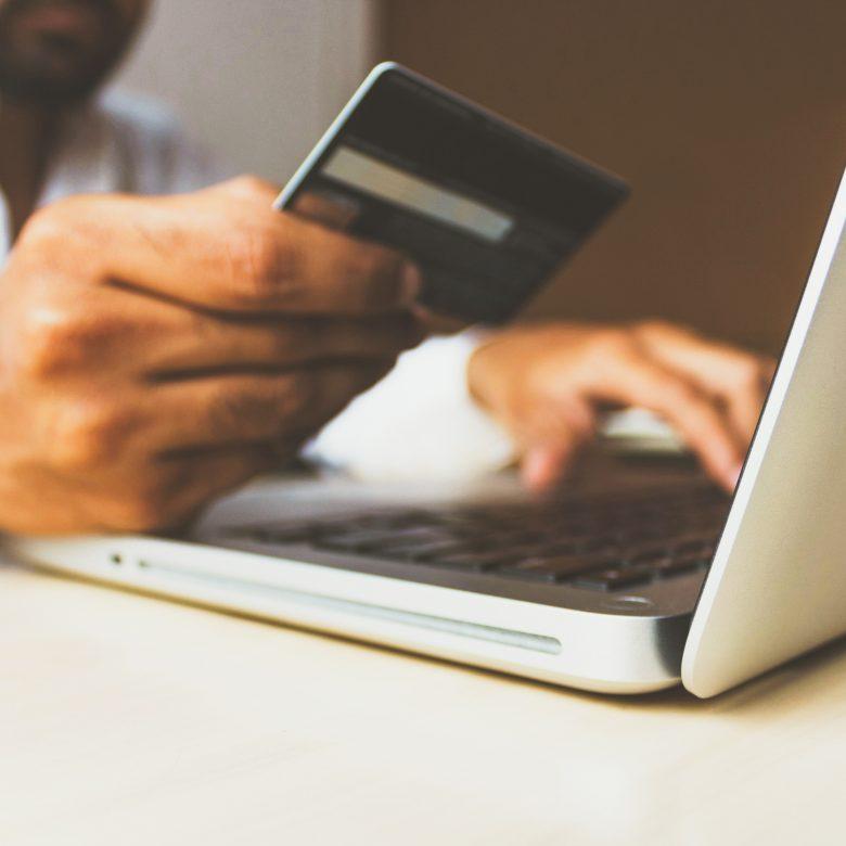 Alinoa vous guide dans le choix de la meilleure passerelle de paiements